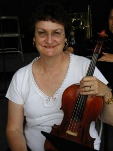 Janice Commentz, Viola Player